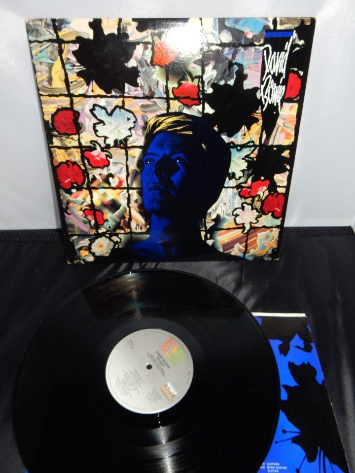 """David Bowie """"Tonight"""" Vinyl LP 1984 EMI America EX with Sticker"""