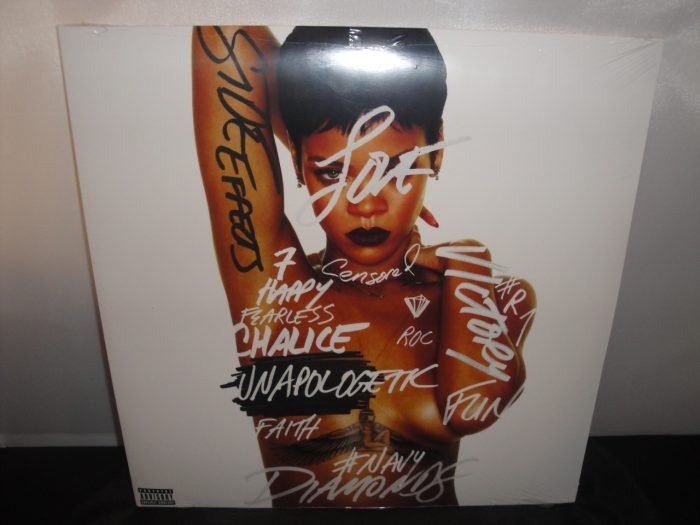 Rihanna - Unapologetic [Explicit Content] Double Vinyl LP 2017