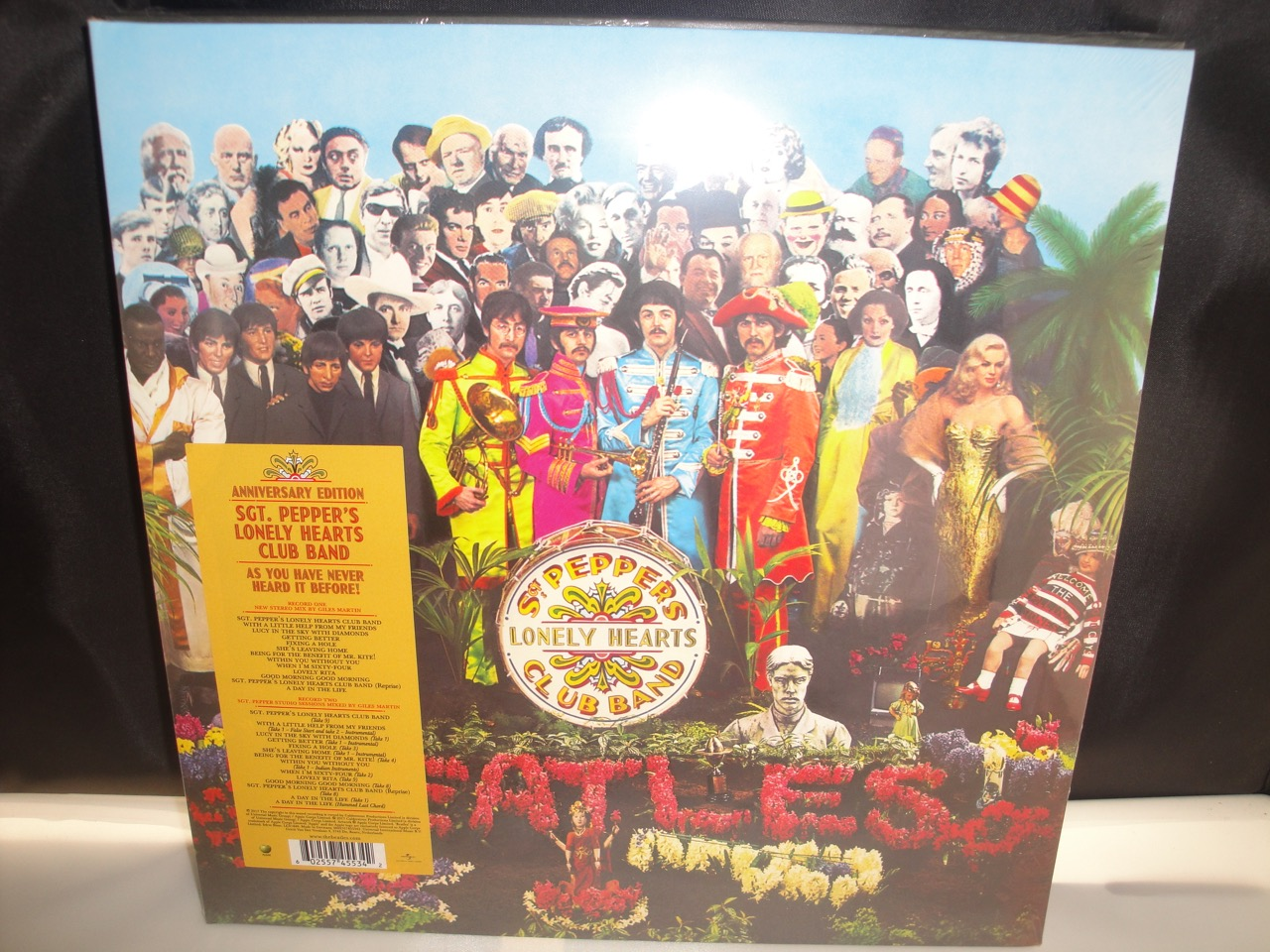 Beatles Sgt Pepper S Lonely Hearts Club Band 2017