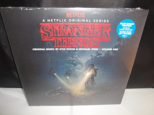 Stranger Things: Deluxe Edition, Vol. 1, Deluxe Collector's Edition Vinyl, 2017