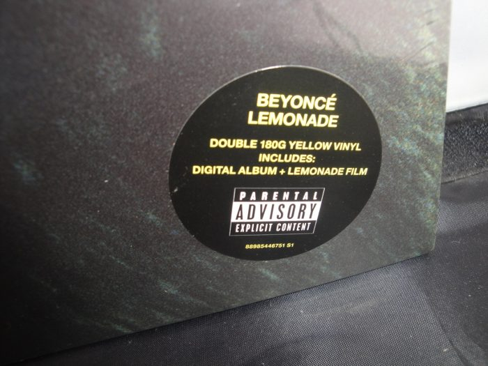 Beyoncé - Lemonade - 180 Gram 2XLP Yellow Colored Vinyl, Gatefold, 2017